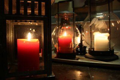 Betlehémske svetlo v knižnici