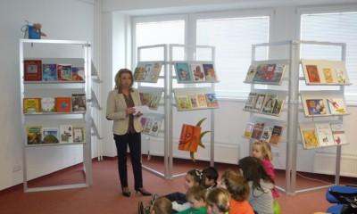 stretnutie so spisovateľkou Enjou Rúčkajovou