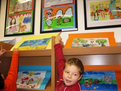 vernisáž výstavy výtvarných prác