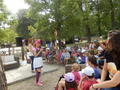 Špinuška- predstavenie pre deti na letnej pláži na Tyršovom nábreží