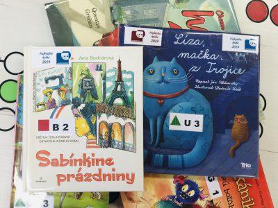 Najkrajšie a najlepšie knihy nájdete v petržalskej knižnici označené špeciálnou nálepkou.