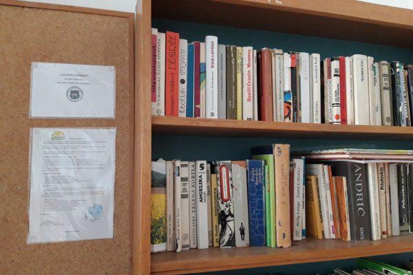 Susedská knižnica Rovniankova 14