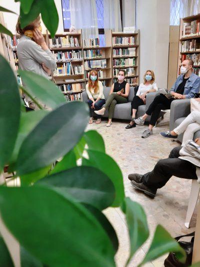 """""""Knižnica je priestor, kde sa budem cítiť príjemne, kam si prídem knihu nielen požičať, ale rád tam prídem tráviť voľný čas…"""""""